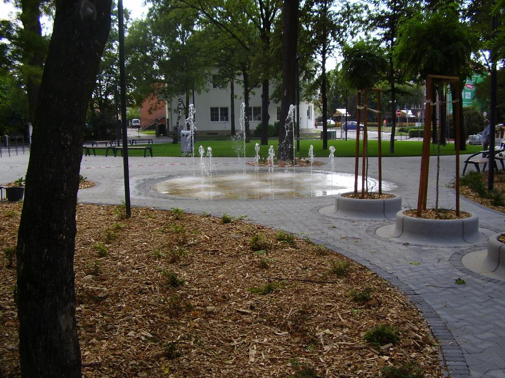 Begehbarer Springbrunnen mit 9 Düsen