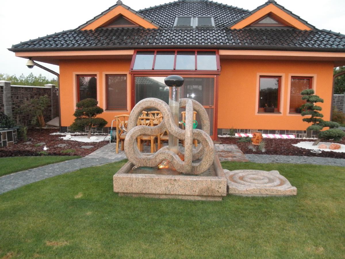 Künstlerischer Brunnen
